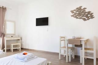 paros-studios-flora-11